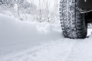 Top 10 tips to get winter ready for car safety month