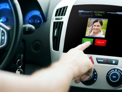 5 Car Accessories You Need to Ensure Safe Driving